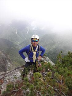 登攀終了で満足顔のKリーダー