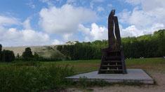 Im Hintergrund: Die höchste Düne der kurischen Nehrumg - da gehts gleich hoch...