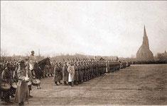 Wo heute Eigenheime stehen, standen vor rund hundert Jahren bewaffnete Soldaten in Erwartung von Exerzierübungen.