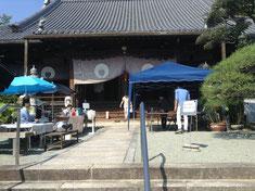 東北支援物産展と浜屋川西店とコーヒーとパンの販売風景