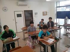 午前の部に参加の中学生