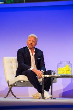 Auch prominente Sportler wie Boris Becker lieben die Logo Tennisbälle von S1 Event. Wir bedrucken Tennisbälle mit einem Logo