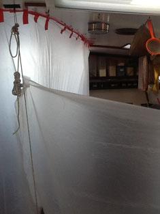 ein Zelt entsteht