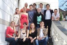 Claudia Dalchow mit Studenten der First Take Schauspielakademie