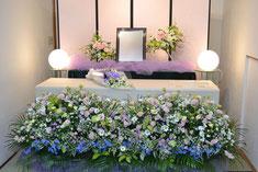 花の葬儀「家族葬基本セット」の花祭壇