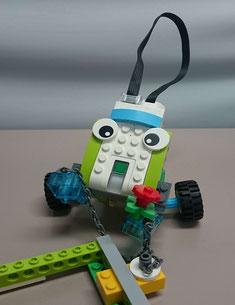 LEGOWedo2.0で学ぶロボットプログラミング