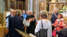 Mitte: Abt Thomas Maria Freihart OSB