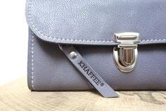 Nachhaltiger Damen Geldbeutel aus pflanzlich gegerbtem BioLeder, in Deutschland handgefertigt