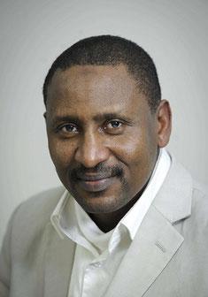 SEIDIK ABBA AFRIQUE, Journaliste, écrivain, coopération, géostratégies sécuritaires géopolitique