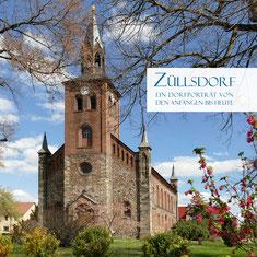 Die Gemeinde-Biografie gibt es hier oder im Einkaufszentrum des Dorfes