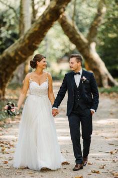 Das First Look Shooting vor der Trauung ist ein ganz besonderer und intimer Moment der nur dem Brautpaar gehört.