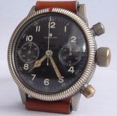 Tutima Fliegerchronograph Werknummer:211120 mit versilberten Werk ohne Stoßsicherung