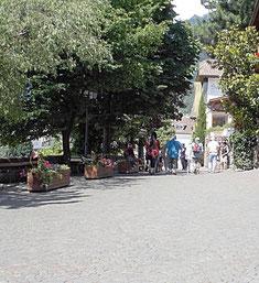 Schlossweg in Dorf Tirol