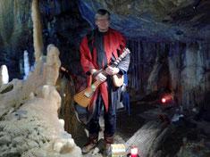 Völkel Michael Gitarre Spielmann Michel Musik Iserlohn Dechenhöhle
