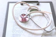 前川医院の、診察のイメージです。丁寧な問診に基づき、診察します。