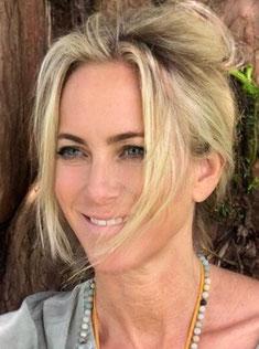 Yvonne Waldraff ist Therapeutin und Gründerin von Silent Power, Zentrum für Heilung und Bewusstsein
