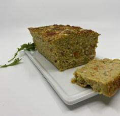 Terrina de garbanzos, verduras y tofu