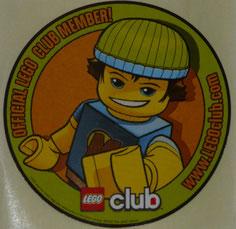 Maintenant,je suis un membre officiel du club Lego !Et voici mon badge !