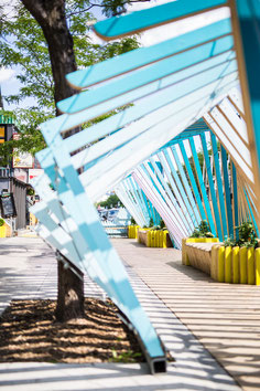"Photo of the wave ""La vague"" a cool stop on St-Denis Street for Tourisme Montréal by Marie Deschene"