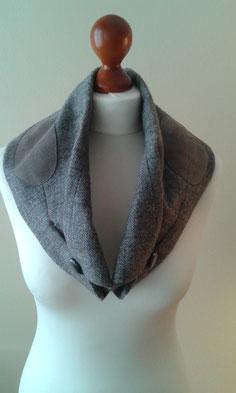 Schals aus Ärmel