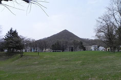 4月のリアル三角山
