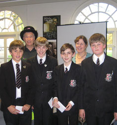 At the Kids' Lit Quiz with quizmaster Wayne Mills and the Aylesbury team