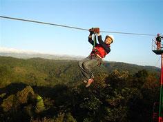 Tirolinas o Canopy Tour