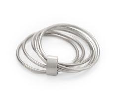 handgefertigter Silberring mehrreihig, aus Fünf einzelnen Ringen, Düsseldorfer Schmuckdesign