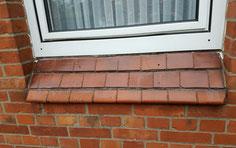 Mauerwerk Fensertbank Reinigung Moos Beseitigung