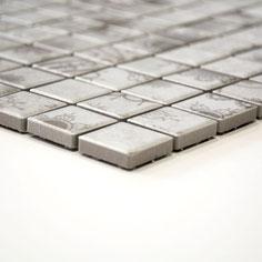 mosaico in ceramica colore grigio