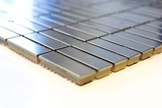 mosaico a mattoncino effetto metallo
