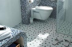 mosaico in ceramica mix bianco nero lucido