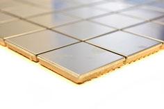 mosaico effetto metallo