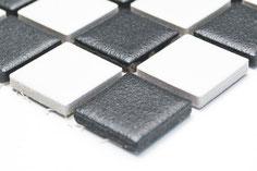 mosaico ceramica antiscivolo per piscina colore bianco nero scacchiera