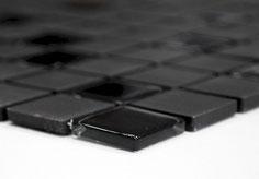mosaico in ceramica e vetro non smaltato opaco colore nero. 6,40 Euro al foglio