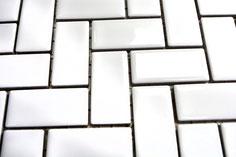 mosaico in ceramica colore bianco forma lisca di pesce lucido