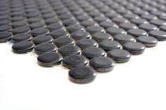 mosaico rotondo in ceramica nero lucido