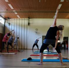 yoga business, yoga für business, yoga für unternehmen, corporate yoga, yoga für Schulen, yoga für Vereine,