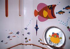 豊橋市内の保育園の階段壁面に施工した壁面装飾