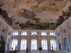 Residenz Würzburg, Treppenhaus mit Deckenfresko Tiepolos