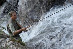 Spannendes und aktives Bachfischen