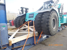 reachstacker Konecranes chassis on flatrack 40´