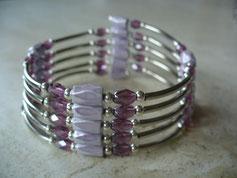 Bijou magnétique avec aimants mauve lilas perles synthétiques