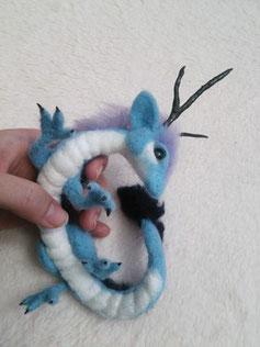 羊毛フェルト ドラゴン 龍 赤ちゃん