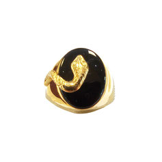 Anello uomo scudo serpente in oro giallo e pietra nera 18kt