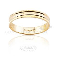 anello lucido oro giallo