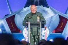 L'Aeronautica Militare riceve il primo F-35A, l'intervista dei piloti italiani alla Luke AFB.