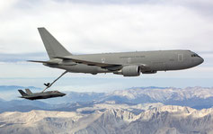 Prove di rifornimento in volo di un F-35A con un Boeing KC-767A italiano