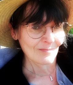 Véronique Taiana - Praticienne Certifiée énergétique chinoise, relaxation et soins holistiques
