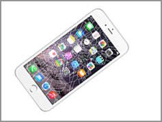 買取対象品の画面の割れたiPhoneの画像